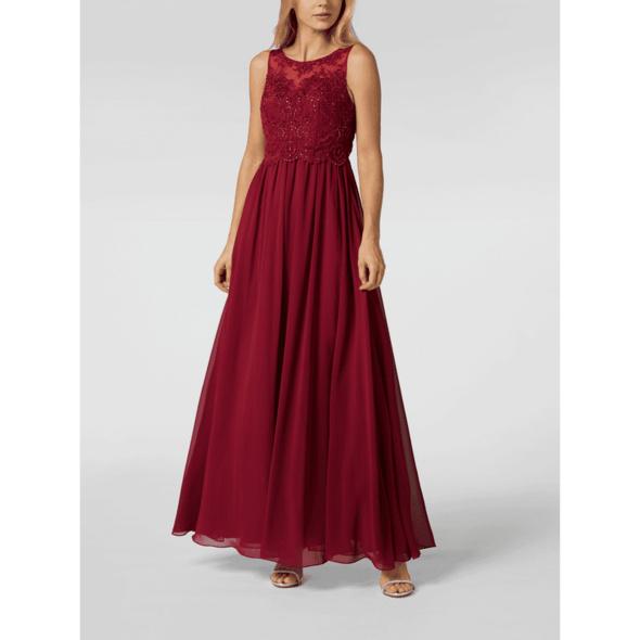 Abendkleid aus Chiffon mit Ziersteinen